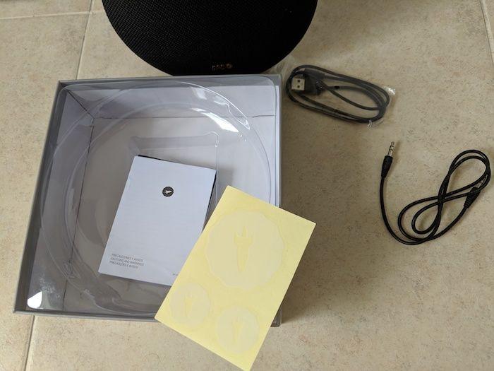 altavoz spc contenido caja