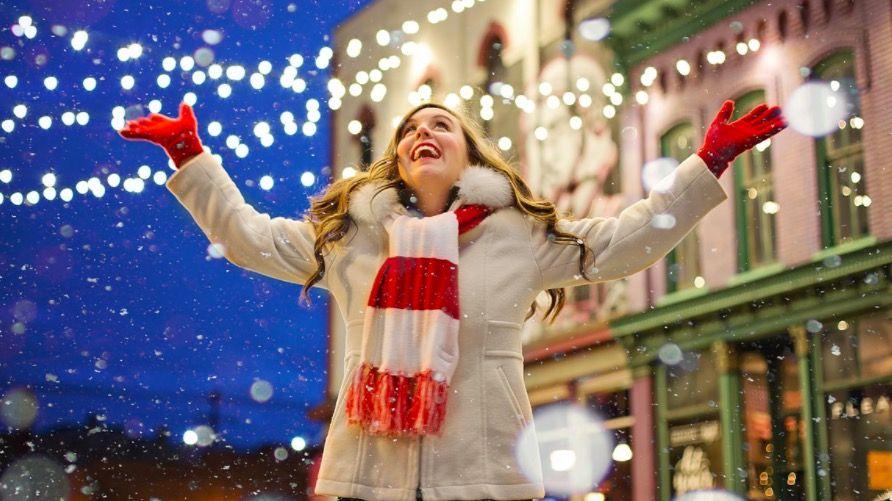 Cómo poner un marco de Navidad en tu foto de perfil de Facebook